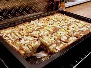 Apfel Blechkuchen Rezept : urmelis weihnachtlicher apfel blechkuchen rezept mit bild ~ A.2002-acura-tl-radio.info Haus und Dekorationen