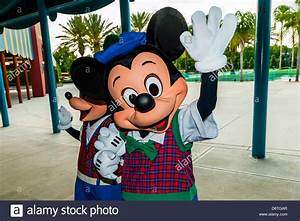 Mickey Und Minnie Mouse : fantasia mickey mouse walt disney stockfotos fantasia mickey mouse walt disney bilder alamy ~ Eleganceandgraceweddings.com Haus und Dekorationen