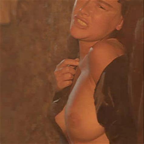 Belinda Stewart-Wilson  nackt