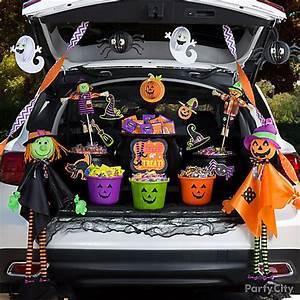 Spooky Cute Trunk or Treat Idea - Trunk or Treat Ideas