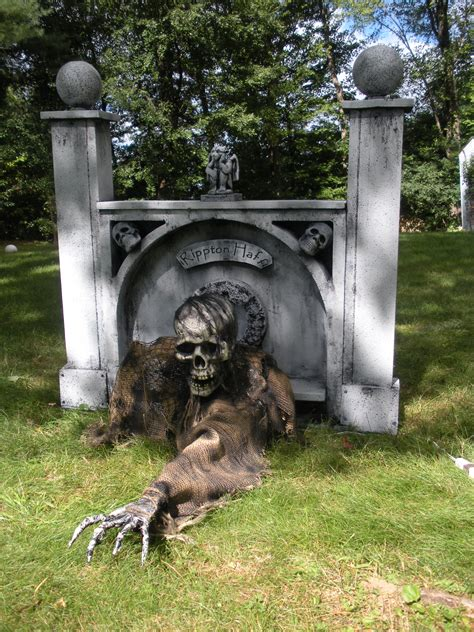 Outdoor Halloween Decorations Uk by The One Armed Grave Grabber