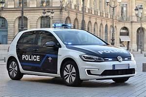 Volkswagen Versailles : volkswagen fournit des e golf a la prefecture de police de paris ~ Gottalentnigeria.com Avis de Voitures