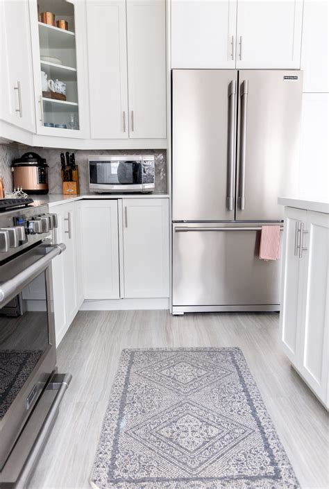 How To Paint Kitchen Cabinets ? Fusion? Mineral Paint