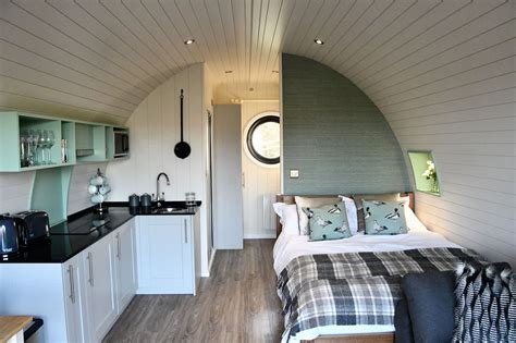 luxury camping pods  glamping holidays  yorkshire