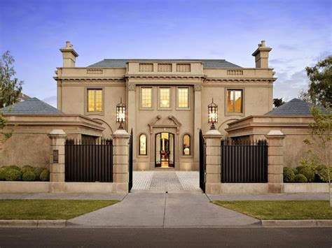 luxurious gated home  melbourne australia homes