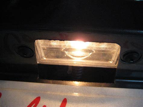 2011 2014 dodge charger license plate light bulb