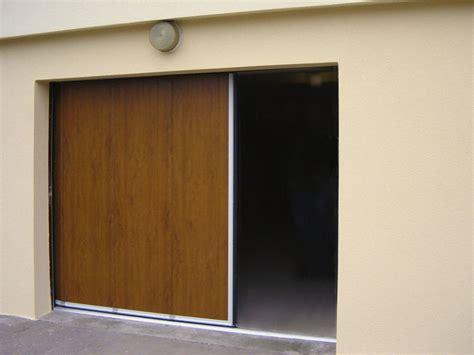 Garage Door Quieter by Sliding Garage Doors In Colour Amaza Design