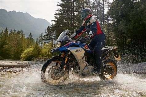 Bmw F 850 Gs 2019 by 2019 Bmw F850 Gs Adventure Released Visordown