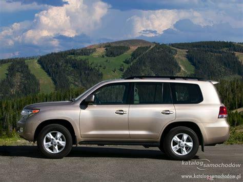 2019 Toyota Land Cruiser 5d  Car Photos Catalog 2018