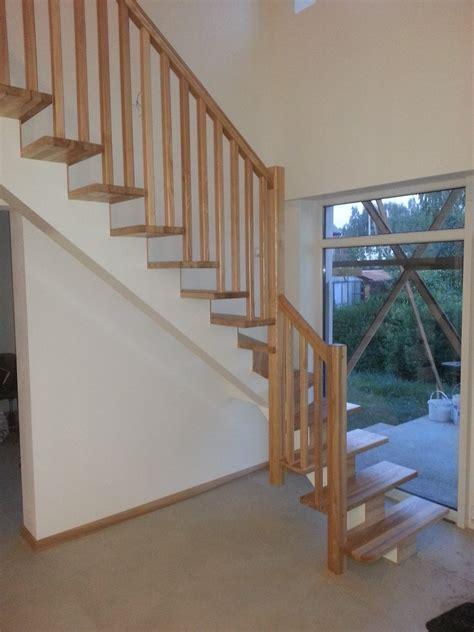 Vieglas koka kāpnes - Ādažu novads