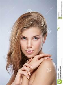 Ritratto Di Giovane Donna Caucasica Nuda Fotografia Stock