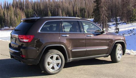 jeep grand cherokee brown review 2012 jeep grand cherokee goes on holiday road trip