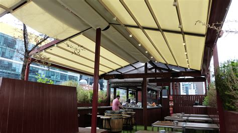 retractable roof systems  goldilocks bar melbourne