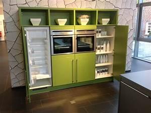 Küche Mit Elektrogeräten Günstig Kaufen : q02 inselk che onyxgrau gr n mit stangengriffen ~ Indierocktalk.com Haus und Dekorationen