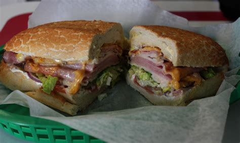 mad subs takes  submarine    sandwich