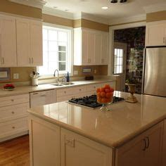 pictures of painted kitchen cabinets kitchen soffits wrapped in thin plywood with crown molding 7481