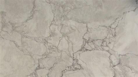 papier peint trompe l oeil pour chambre réaliser un faux marbre brèche grise