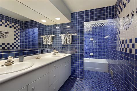 Cool Blue Master Bathroom Designs And Ideas (pictures
