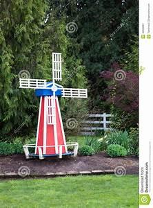 moulin en bois pour jardin myqtocom With moulin a vent decoration jardin 0 fabrication dun moulin 224 vent en bois decoration jardin