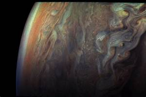 New Pictures of Jupiter from Juno Space Probe – Fubiz Media