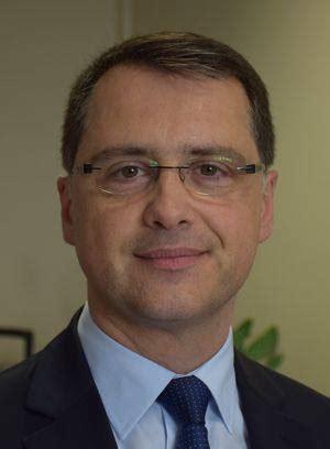 directeur de cabinet du prefet nomination thierry dousset est le nouveau directeur de cabinet du pr 233 fet du gard objectif gard