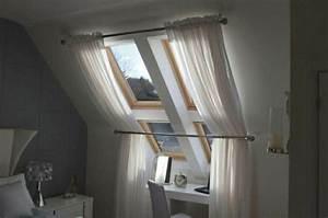 Vorhang Für Dachschräge : 1001 ideen f r dachfenster gardinen und vorh nge haus pinterest dachfenster gardinen f r ~ Markanthonyermac.com Haus und Dekorationen
