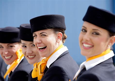 career cabin crew lufthansa is hiring flight attendants how to be cabin crew