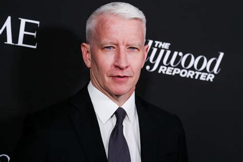 Anderson Cooper Spilled Why The Kardashians Were Banned ...