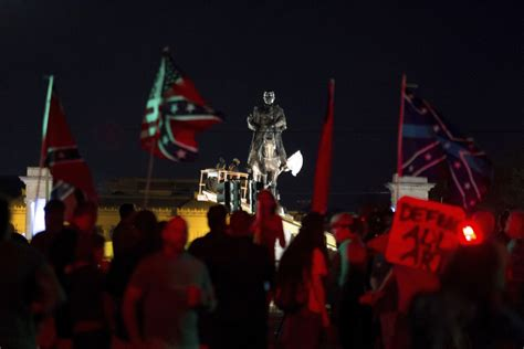 New Orleans Begins Takedown Of 3rd Confederateera