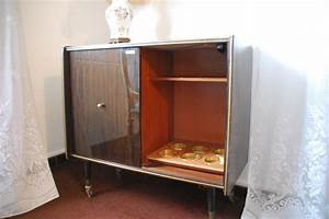 Meuble Tv Vitrine : mobilier tous styles commode florentine fauteuil emanuelle chaises louis xvi bar table salon ~ Teatrodelosmanantiales.com Idées de Décoration