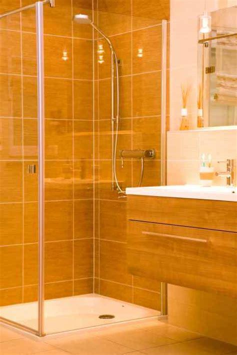 salle de bain prefabriquee prix quel prix faut il compter pour refaire enti 200 rement une salle de bain maxitravaux
