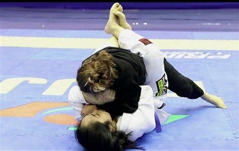 Bjj female / Jiu-jitsu feminino | Martial arts, Jujitsu ...