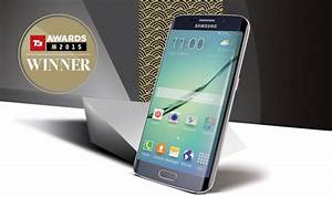This has just been named the best smartphone of 2015 ...