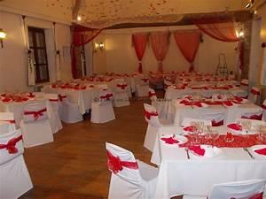 Décoration Salle Mariage : decoration salle mariage rouge et blanc le mariage ~ Melissatoandfro.com Idées de Décoration