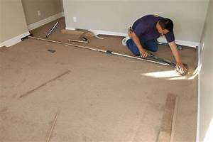 Laminate flooring how to install reducer laminate flooring for Carpet installation