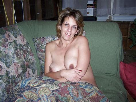 Sexy Nude Wife After Awakening Pic