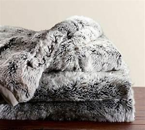 Plaid Fourrure Gris : plaid fourrure gris ~ Teatrodelosmanantiales.com Idées de Décoration