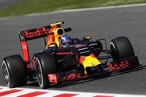 Red Bull Formule 1 : foto 39 s de nieuwe engineers van max verstappen en max in de redbull rb12 racexpress ~ New.letsfixerimages.club Revue des Voitures