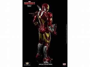 Iron Man 3: 1/9 Scale Iron Man Mark III Armor Figure
