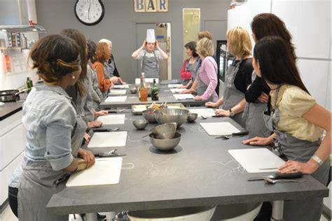 cours de cuisine chambery cours de cuisine enterrement de vie de fille evjf