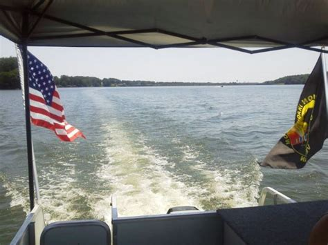 Pontoon Boat Flags by Knotta Yachta Boating Pics Pontoon Forum Gt Get Help With