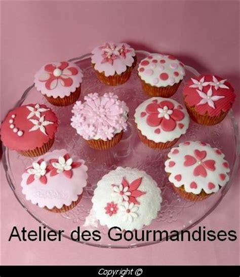 cupcakes pour d 233 coration en p 226 te 224 sucre atelier des gourmandises