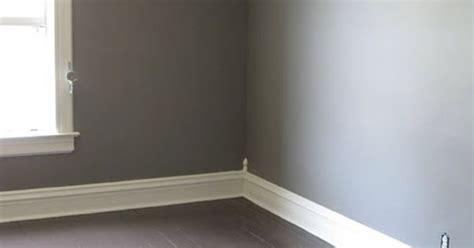 1893 victorian farmhouse east bedroom paint color valspar split rock home