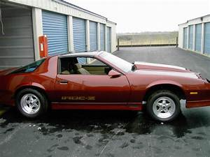 Ugh    88 Iroc Roller  Beautiful Paint  Lots Of Parts     Sold
