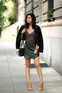 22 Trendy Olive Green Skirt Outfits - Styleoholic