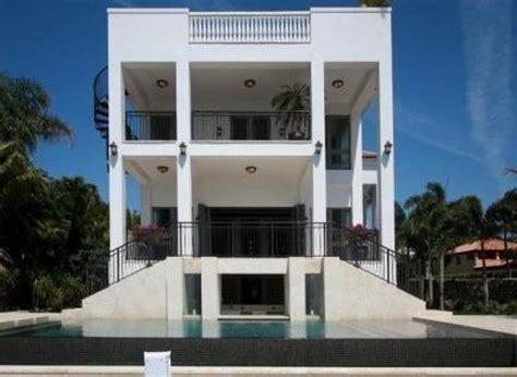 maison de lebron photos lebron vend sa maison de miami pour 17 millions de dollars