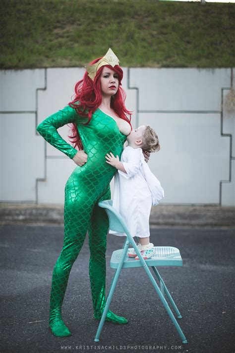 Breastfeeding Cosplayer Stands Up For Every Superhero Mom