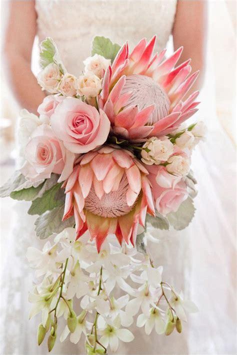 Vintage Luxe Hawaiian Wedding Wedding Bouquets Wedding