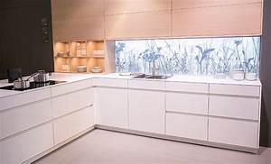 Kuchenruckwand beleuchtet leicht kuchen kuche ideen for Küchen hinterwand