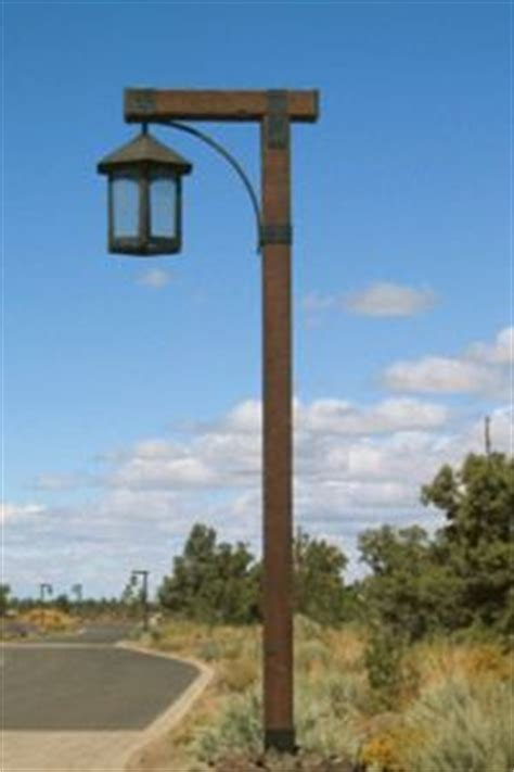wooden light post patio be cool entrance